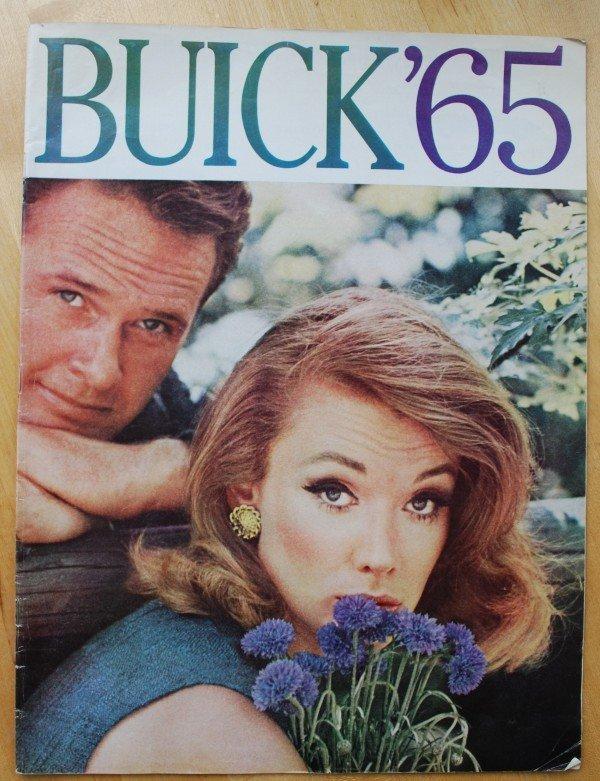 21: 1965 Buick Brochure