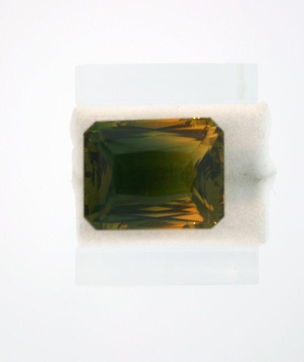 201: 21.50ct Bi-Color Quartz