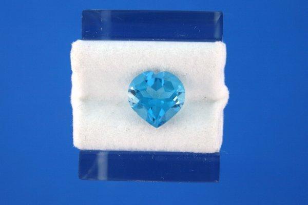 217: 3.85ct London Blue Topaz