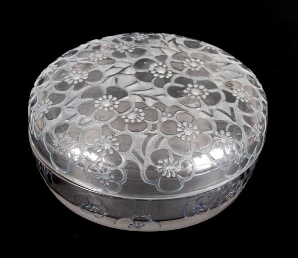 18: 'Emiliane', a Lalique clear, frosted and bluestain