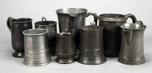248: Five assorted pewter tankards, 19th century, inclu
