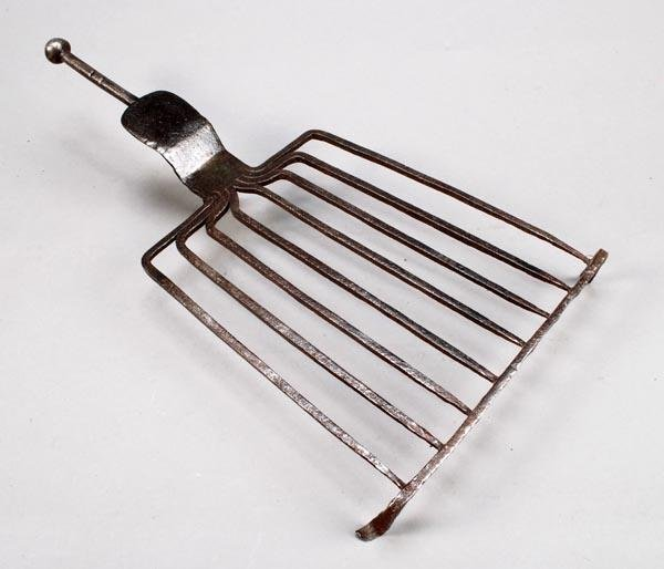 264: A George III wrought iron grid-iron, circa 1790, t