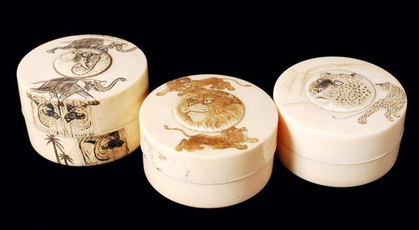 10: Three Japanese ivory circular boxes and covers, wi