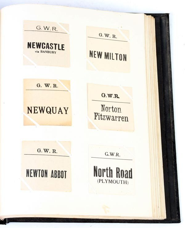 6: A collection of approximately 720 Great Western Ra