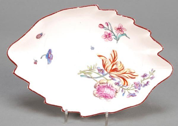 13: A Chelsea leaf-shaped dish, painted with flowers a