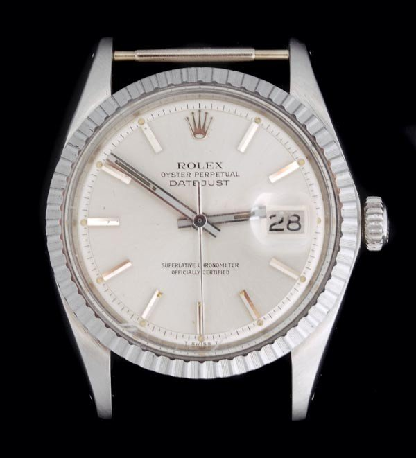 5: * Rolex, Oyster Perpetual DateJust, a mid size sta