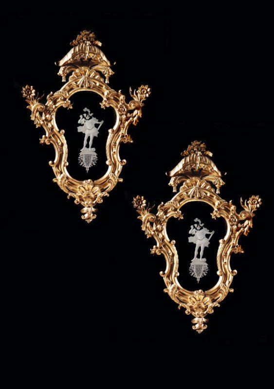 3: A pair of giltwood and gesso girandoles, in 19th c