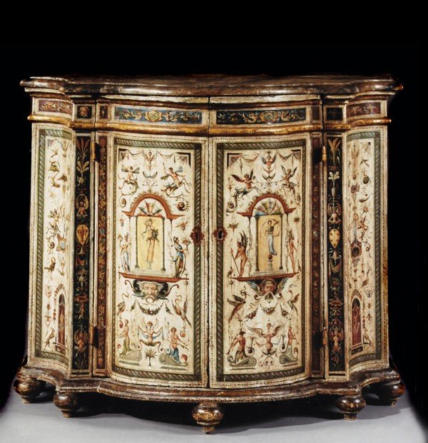 33: A painted serpentine shaped side cabinet, in 18th