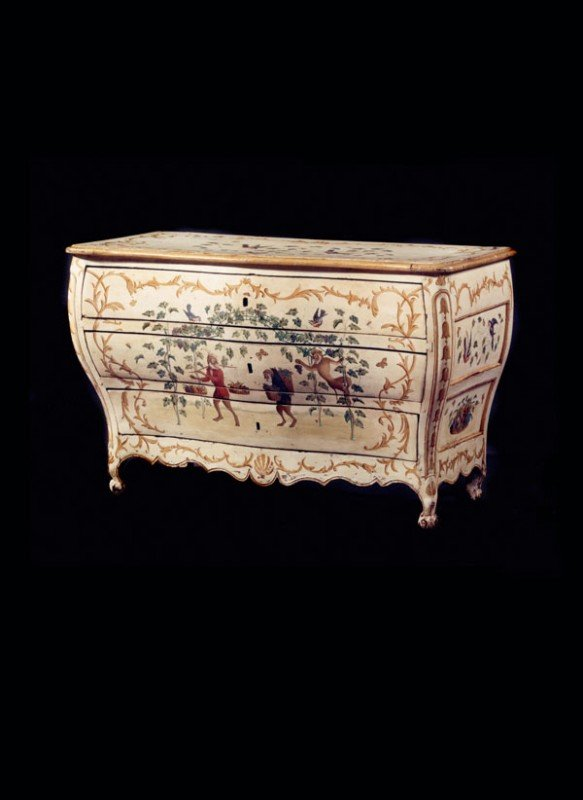 83: An Italian painted bombe commode, in late 18th cen