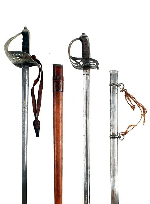 1: A Victorian 1827 Pattern Rifle Officer's Sword, re