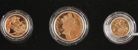 Elizabeth II gold proof set 1987 comprising Two
