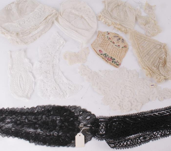 A collection of lace,  comprising a pair of 19th c