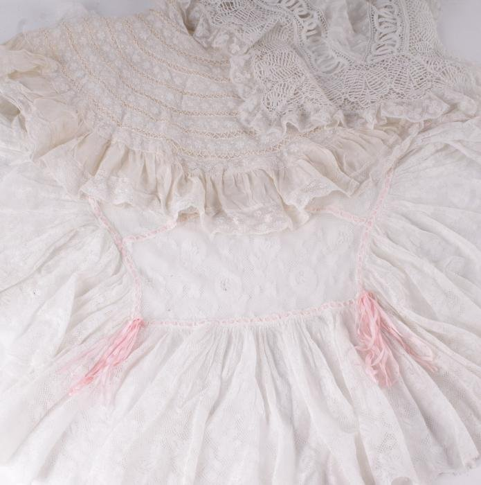 A collection of lace,  comprising a Valencienne co