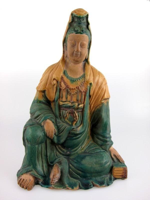 5: Chinese Pottery Kan Yi