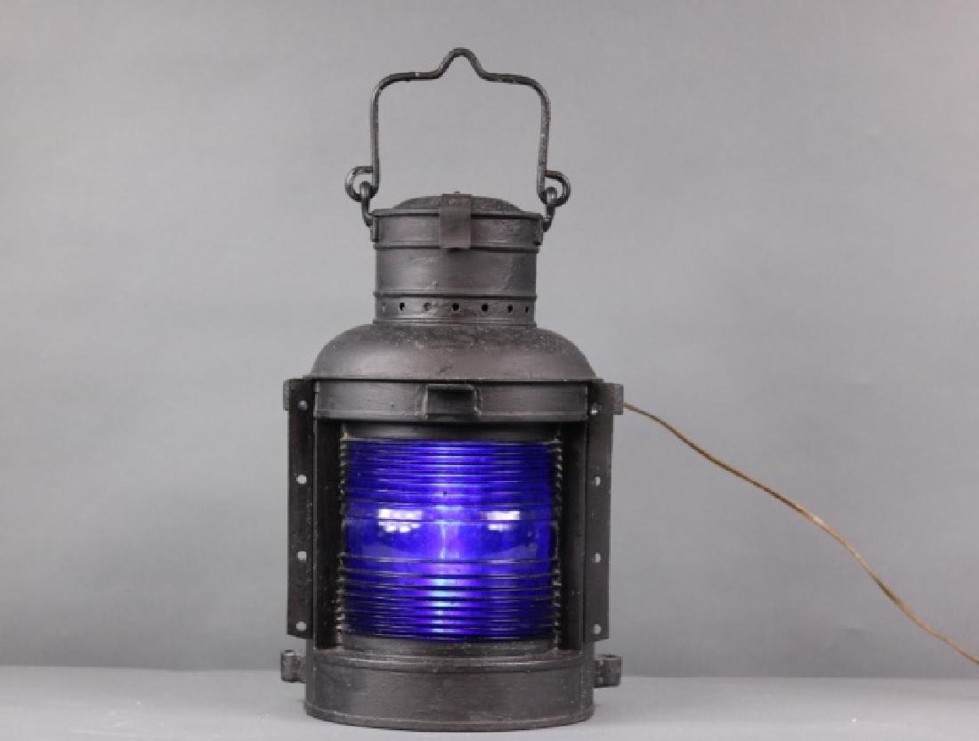 Masthead light with rare blue lens - 2
