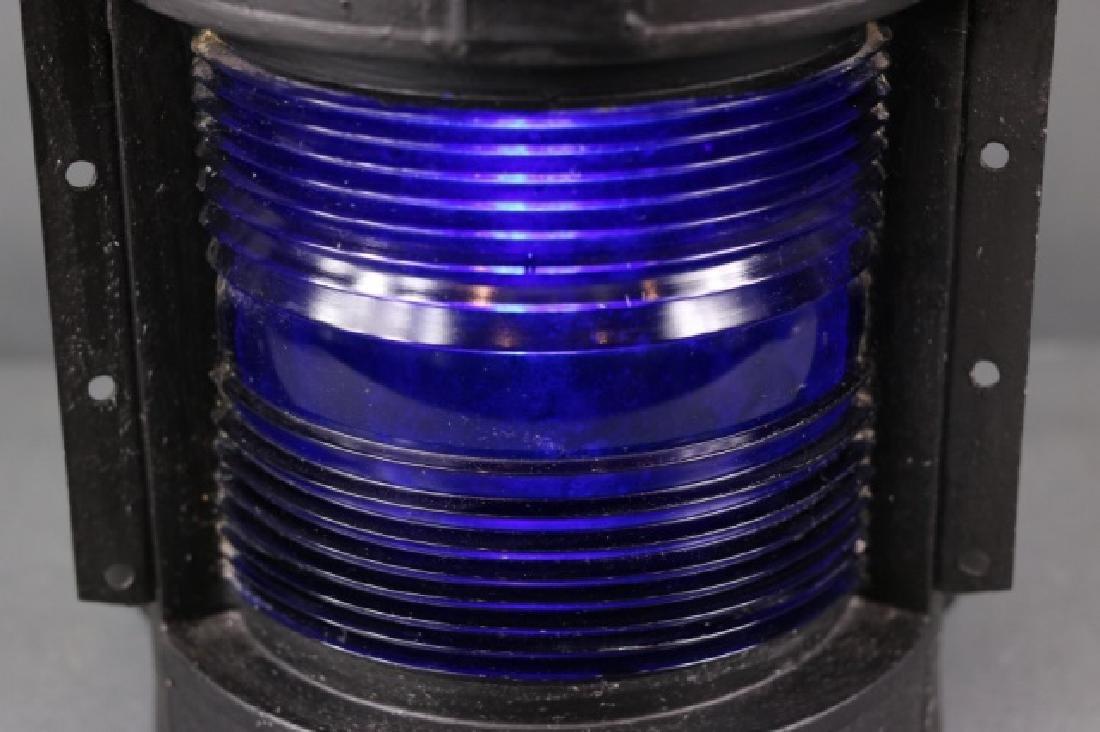 Masthead light with rare blue lens - 3