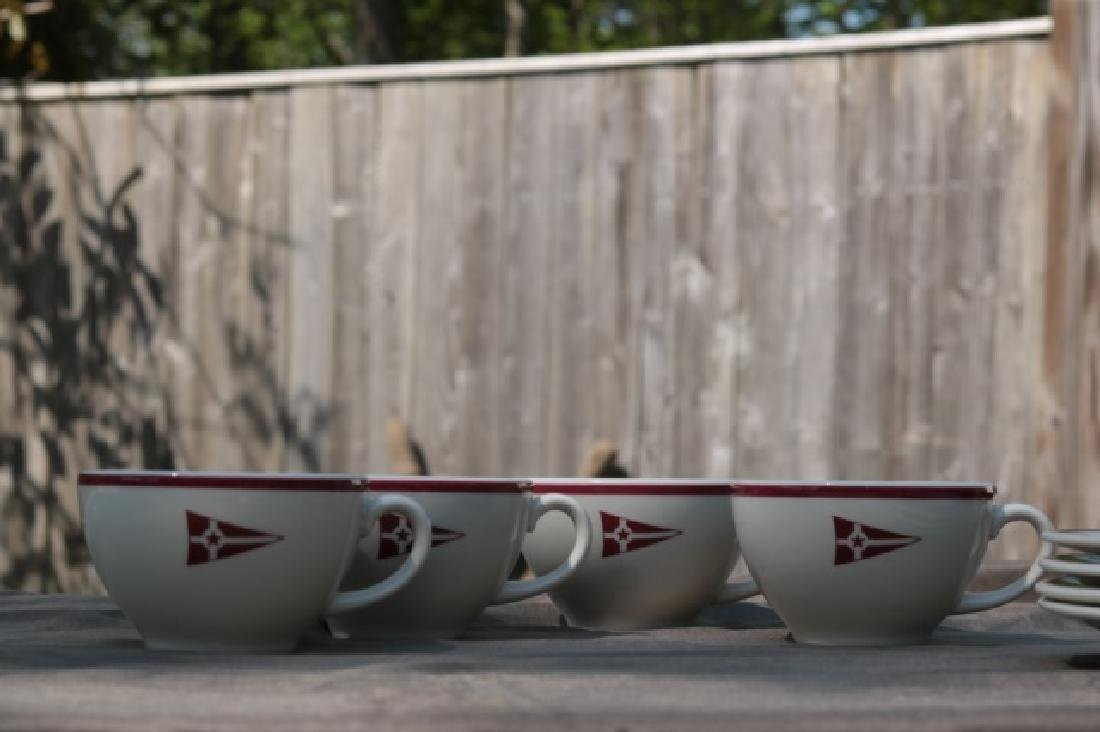 Set of 4 Cups & Saucers - 2