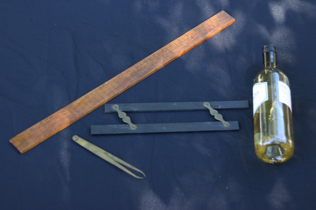 Lot of 3 nautical instruments