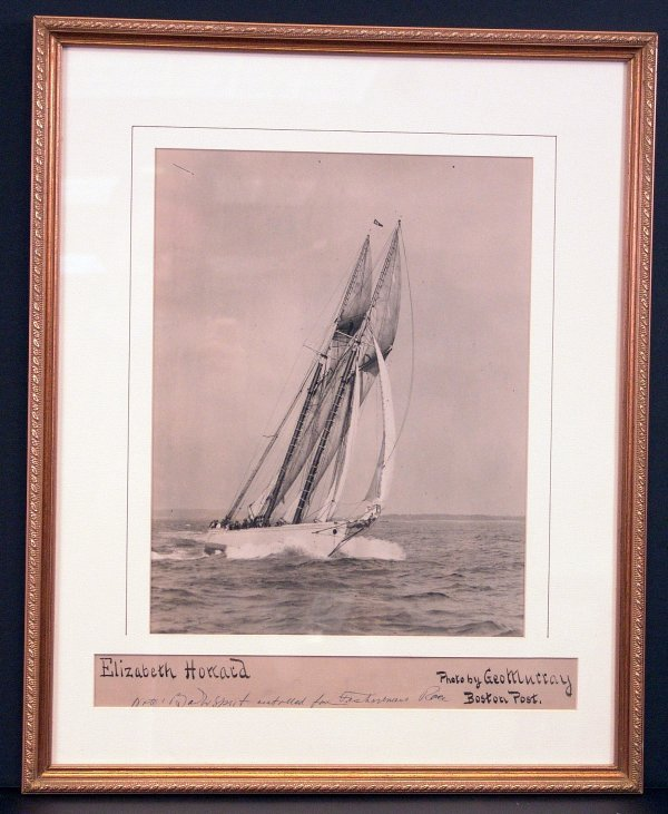 "1086: Photo of schooner ""Elizabeth Howard""."