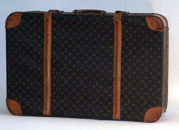 1100: Louis Vuitton Suitcase