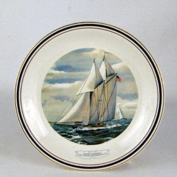 1004: Official America's Cup collector's plate.