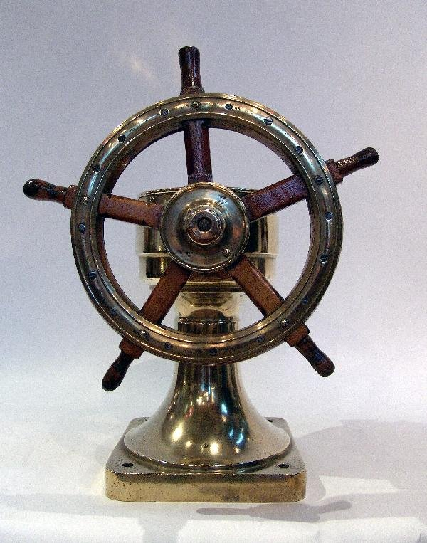 1100: Yacht wheel from 1894.