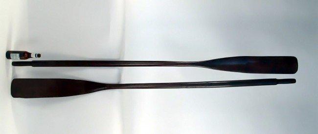 1014: Pair of boat oars