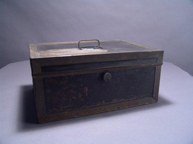 1017: New York Yacht Club Document Box