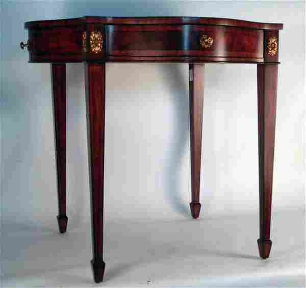 Leather and varnished wood game table