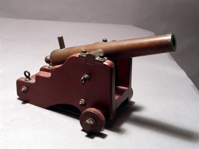1150A: Late 19th century starter canon