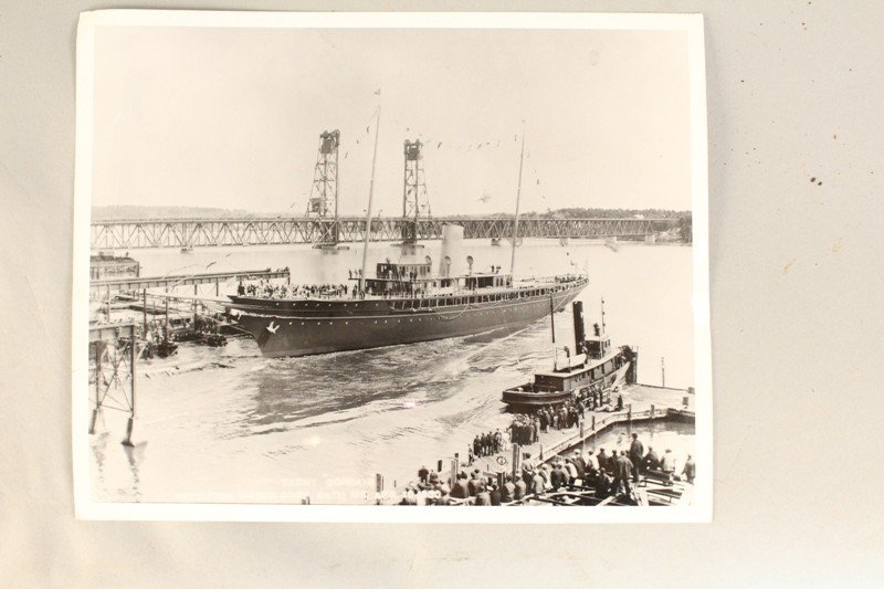 Launching of steam yacht Corsair photo