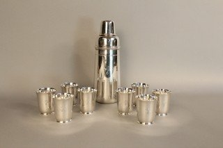 """1150: """"Tiffany cocktail shaker with 8 cups from """"""""Aloha"""