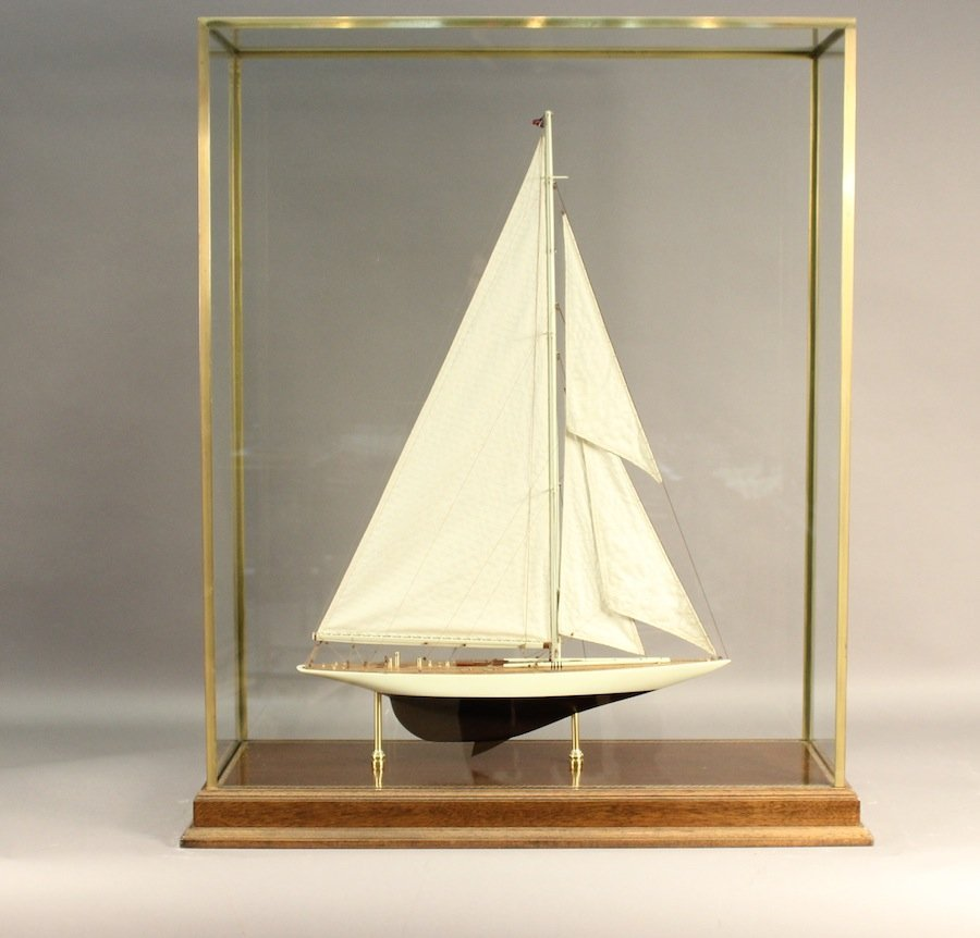"""Model of the America's Cup """"Enterprise"""""""