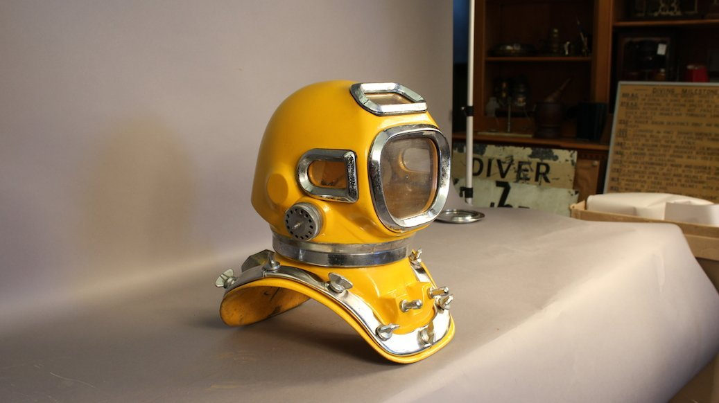 Drager Style DIVING HELMET TF88 - 3