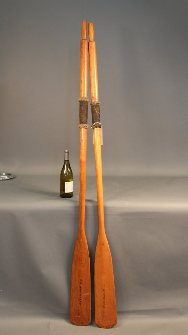 Antique varnished oars with collars