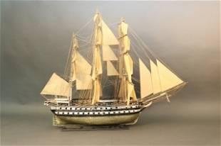"American Warship Model ""Columbus"""