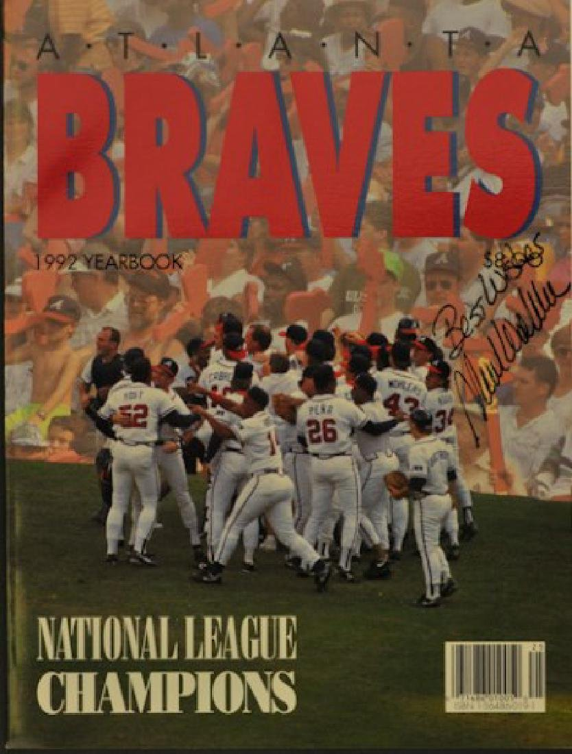1992 Atlanta Braves Yearbook Signed Mark Wohlers