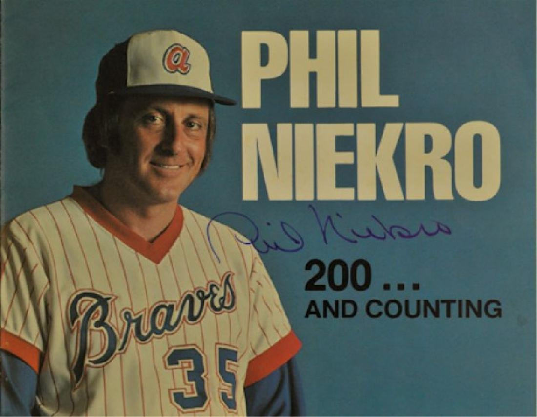 Phil Niekro 200th Win Signed Photo