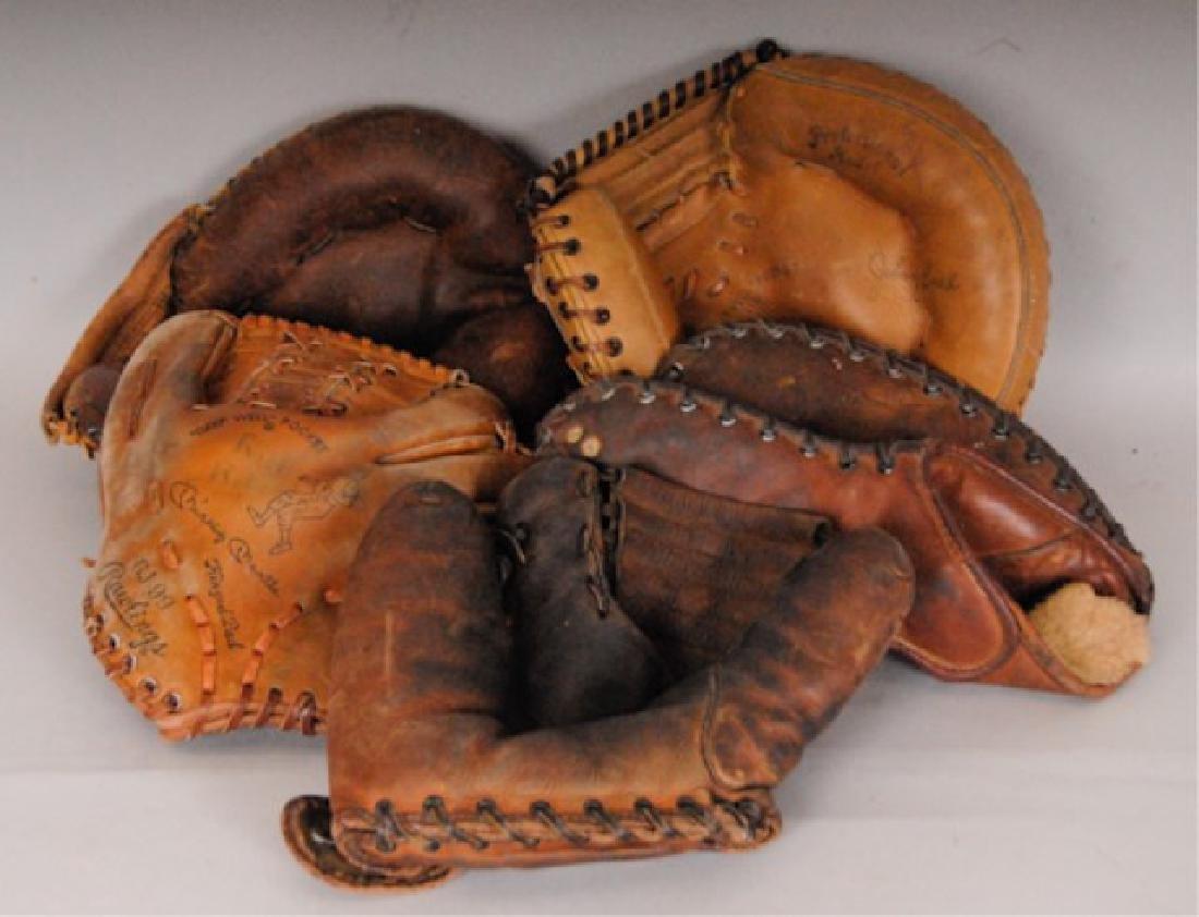 20 Vintage Baseball Gloves