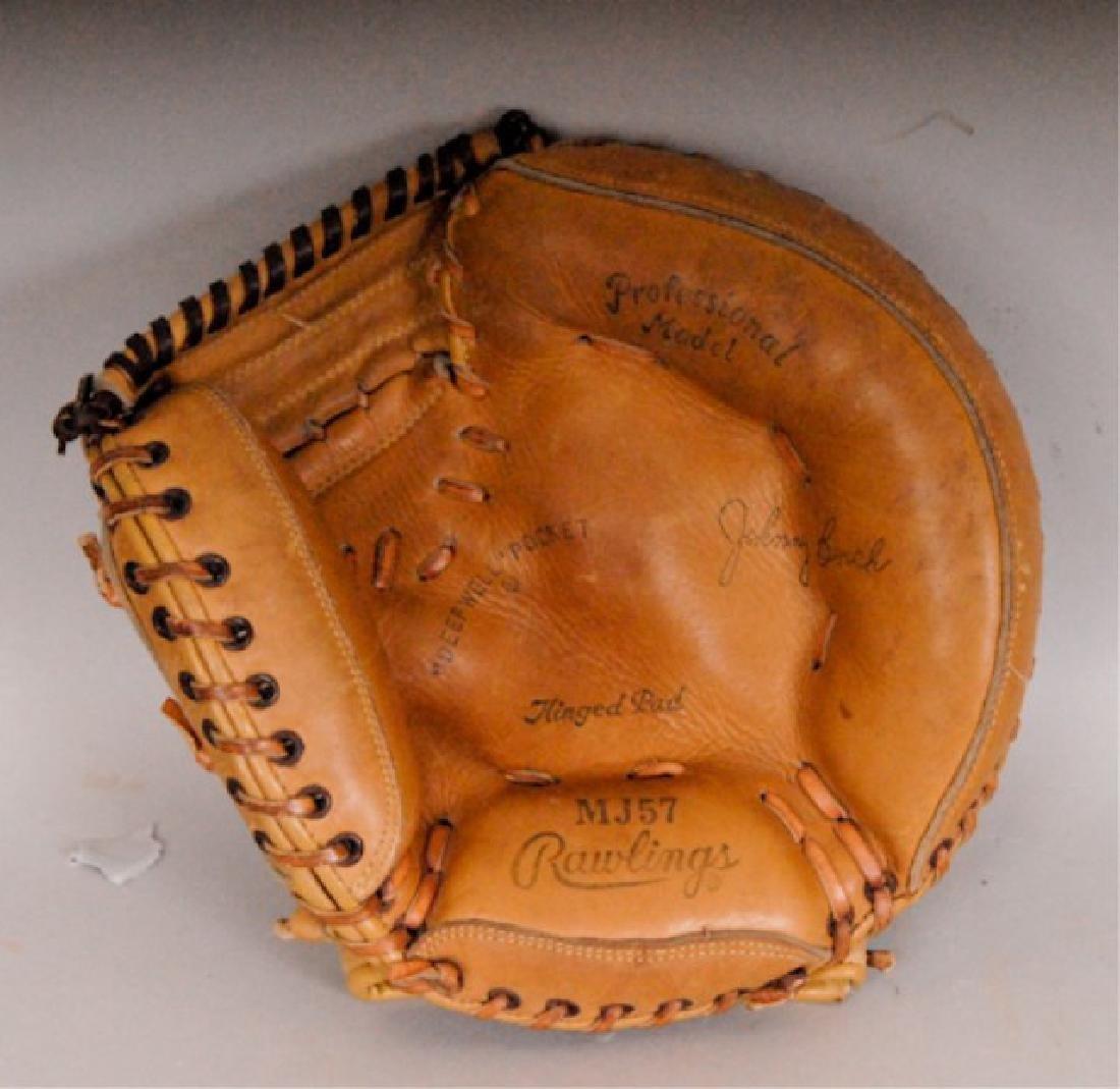 20 Vintage Baseball Gloves - 2