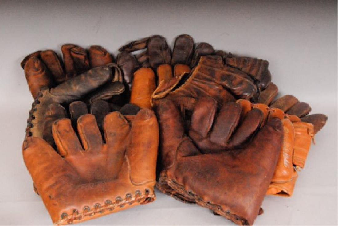 20 Vintage Baseball Gloves - 9