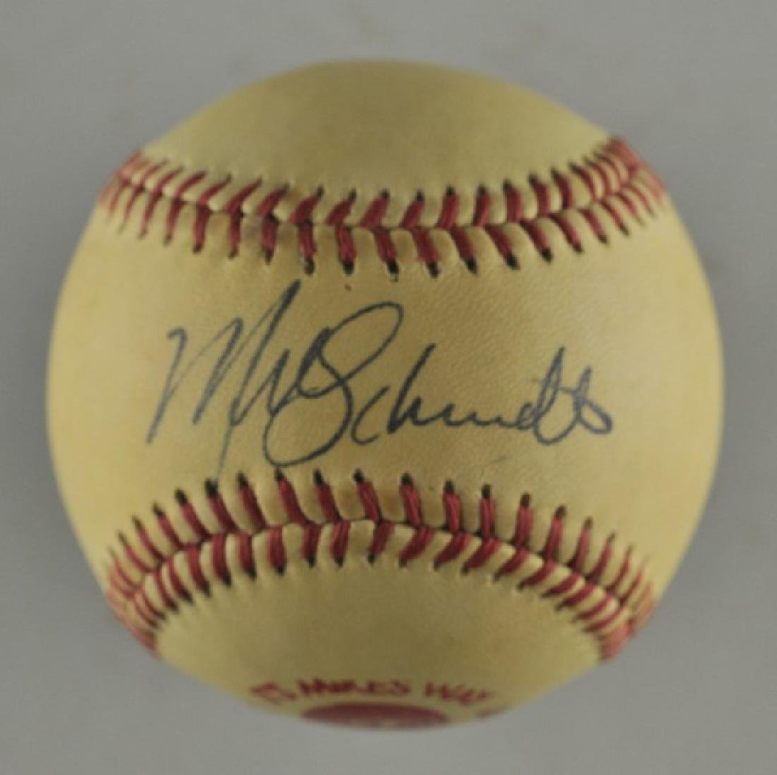 Signed Mike Schmidt Baseball