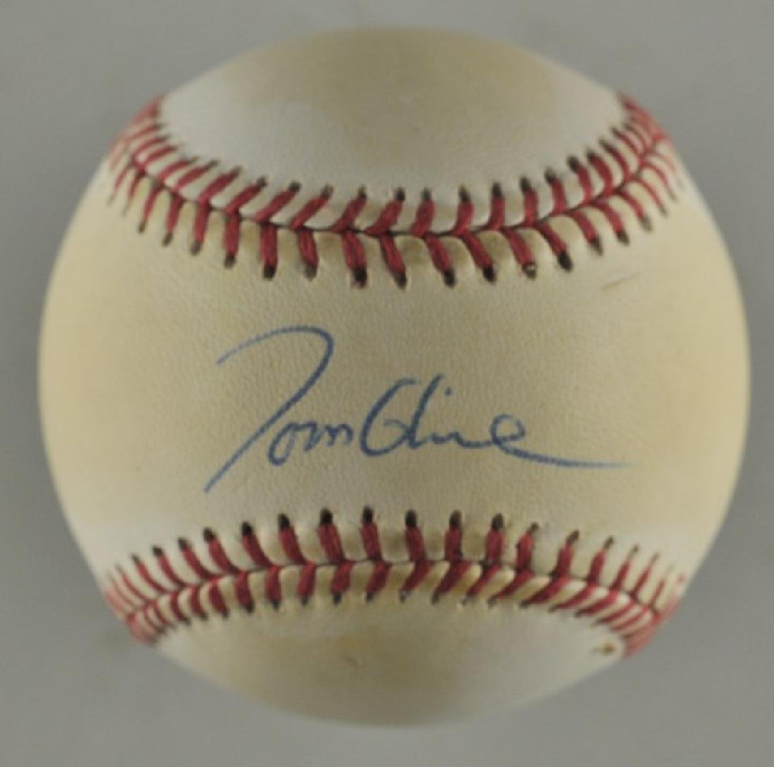 Signed Tom Glavine Baseball