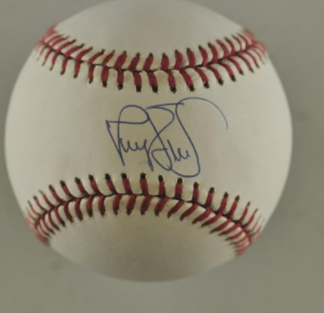 Signed Darryl Strawberry Baseball