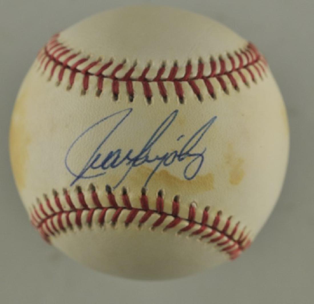 Signed Juan Gonzalez Baseball