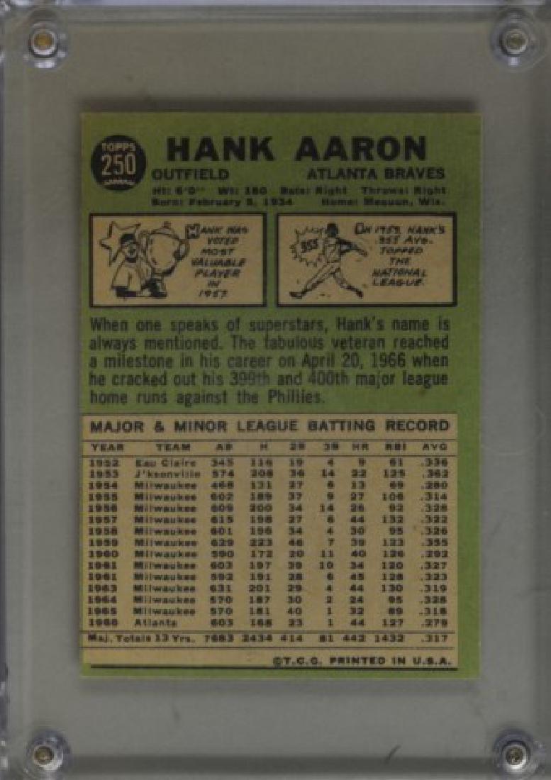 1967 Hank Aaron Topps #250 Baseball Card - 2