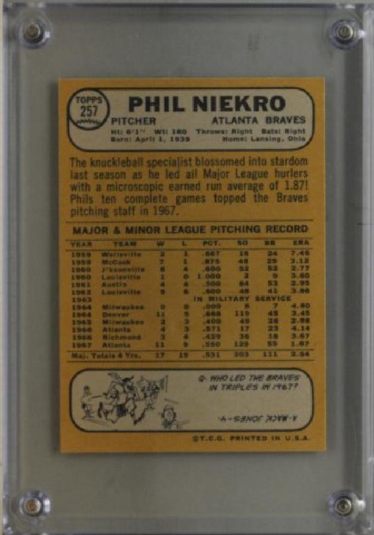 1968 Phil Niekro Topps #257 Baseball Card - 2