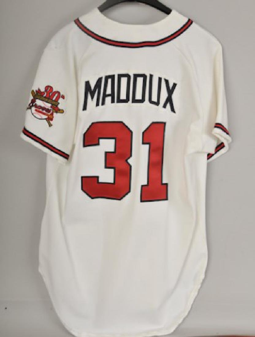 1995 Home Game Used Greg Maddux Jersey - 2