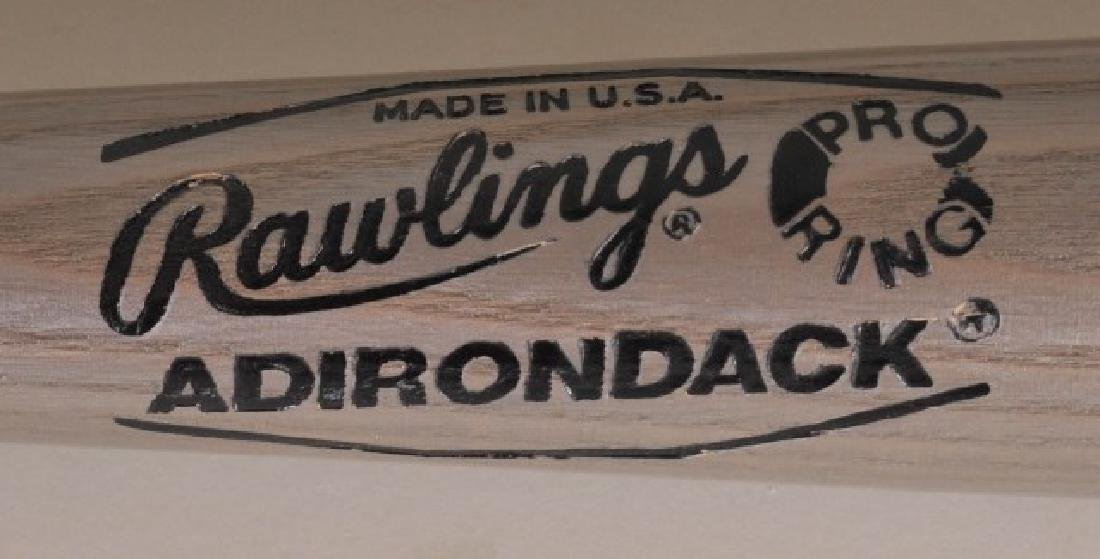 Hank Aaron Commemorative Bat - 3