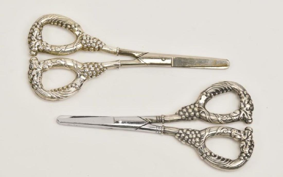 Four Pairs of Sterling Grape Shears - 3